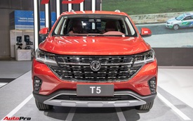 Cận cảnh Dongfeng T5 giá khoảng 700 triệu đồng vừa ra mắt Việt Nam: Đấu Honda CR-V bằng động cơ mác BMW, công nghệ tràn ngập