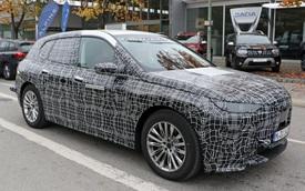 BMW iX5 lộ màn hình cong siêu lớn, 'hao hao' giống Mercedes-Benz GLE