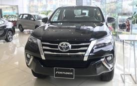 Toyota Fortuner, Mitsubishi Pajero Sport và Nissan Terra giảm giá cả trăm triệu đồng: SUV 7 chỗ Nhật bớt lãi để vợt khách cuối năm