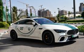 Cảnh sát Dubai trưng dụng thêm Mercedes-AMG GT 63 S làm xe tuần tra
