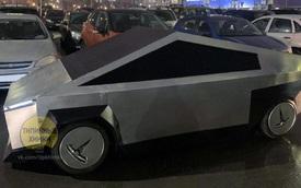 Tỷ phú Elon Musk mất nhiều năm để làm ra Tesla Cybertruck với giá 70.000 USD nhưng dân chơi này chỉ mất 8 ngày và bán bằng 1/70