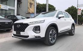 Giá kênh cả trăm triệu, Hyundai Santa Fe 2019 vẫn bán chạy, gần dọn kho trong tháng đầu mở bán