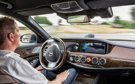 Mercedes-Benz, Apple cho thấy công nghệ tự lái của họ thua Google, Tesla chỉ... vài chục năm