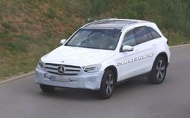 SUV sang bán chạy nhất Mercedes-Benz GLC sắp có phiên bản mới