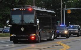 Ngắm siêu xe buýt của Tổng thống Mỹ