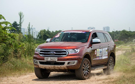 Hơn 100 xe Ford Everest tranh tài trong buổi offroad đầu tiên tại Hà Nội