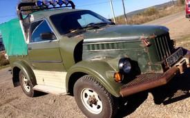 Dân chơi xẻ BMW lấy nội thất đưa lên ô tô Nga làm xe bán tải