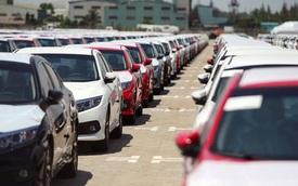 Ô tô nhập khẩu tăng kỷ lục, chờ xe lắp ráp hết ưu đãi