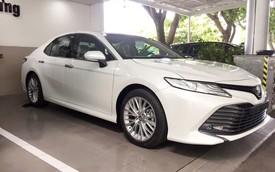 Toyota Camry 2019 ồ ạt về đại lý trước giờ G, sẵn sàng cho ngày mở bán