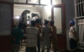 Cận cảnh hiện trường xe đầu kéo đâm xuyên phòng khách một gia đình vào nửa đêm