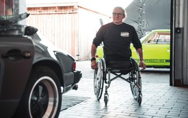 Thợ cơ khí cụt 2 chân đam mê Porsche và nỗ lực thần kỳ để cầm lái 911