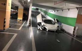 Xuống hầm gửi xe, McLaren 650S 'fake' nát đầu vì gầm quá thấp