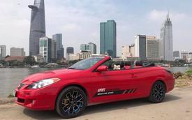 Toyota Camry mui trần hàng hiếm bán lại với giá Vios 2019