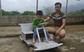 Độc đáo chiếc ôtô điện tự chế để tặng con của người thợ mộc