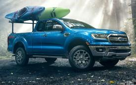 Chuyện lạ khó tin: Ford Ranger mới tinh về Bắc Mỹ bán không lại bán tải Nissan 15 tuổi