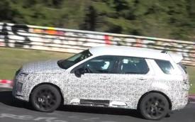Một trong 3 mẫu xe chủ lực quyết định số phận Land Rover lộ diện trên đường đua