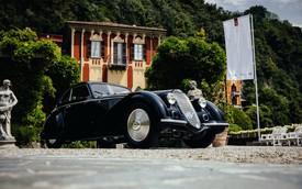Mẫu xe cổ này vừa được bầu chọn thiết kế đẹp nhất tại sự kiện có cả Bugatti La Voiture Noire tham dự