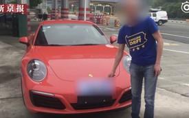 Nghe lời thầy bói, chủ xe Porsche vừa mất bằng lái vừa bị phạt tiền
