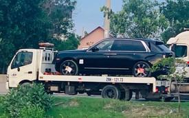Thêm hai chiếc Rolls-Royce Cullinan 'tiền tỷ' nhập khẩu tư nhân đổ bộ - nể phục độ chịu chi của đại gia Việt