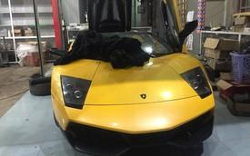 Lamborghini Murcielago mui trần độc nhất Việt Nam độ nhiều 'đồ chơi' trước khi lên đường Car Passion 2019