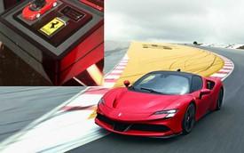 Bộ chìa khoá cầu kỳ gồm cả mô hình xe của chủ nhân sở hữu siêu xe triệu đô Ferrari SF90 Stradale