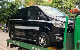 Ford Tourneo bất ngờ xuất hiện trên đường phố Hà Nội, ngày đối đầu Kia Sedona không còn xa