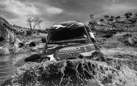 Land Rover tiếp tục nhá hàng Defender, biểu lộ khả năng off-road không thua G-Class