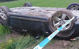 """Lexus ngửa bụng vì tài xế vừa lái vừa quay phim ở tốc độ """"bàn thờ"""""""