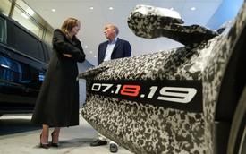 Đây là số tiền mà fan cuồng trả chỉ để đến xem lễ ra mắt Chevrolet C8 Corvette