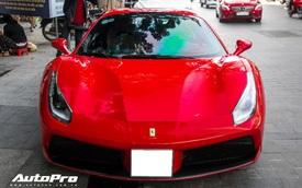 Ferrari 488 Spider màu đỏ nằm showroom hơn 2 năm bất ngờ xuất hiện trên phố Sài Gòn