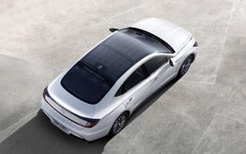 Hyundai Sonata Hybrid 2020 trang bị trần xe hấp thụ năng lượng mặt trời, hộp số mới