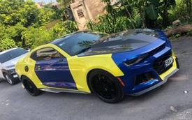 Chevrolet Camaro bị vặt gương tại Bắc Giang 'thay áo mới' đậm chất ong nghệ