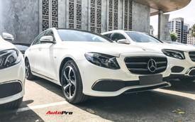 Mercedes-Benz E200 Sport ngoại hình mới được đại lý báo giá hơn 2,3 tỷ đồng