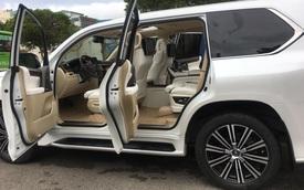 Thợ Việt độ Lexus LX570 thành phiên bản siêu sang với 4 chỗ ngồi và trần sao như Rolls-Royce