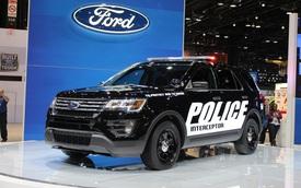 Dùng Ford Explorer, cảnh sát Mỹ... suýt chết ngạt