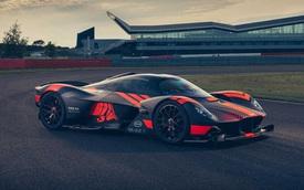 Aston Martin hé lộ các xe mới: Có DBX bản đặc biệt và xe khủng Valkyrie