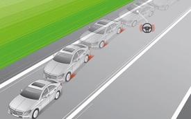 Tưởng hay mà nhiều công nghệ trên xe đang bị người dùng ghét bỏ: Có hỗ trợ giữ làn đường