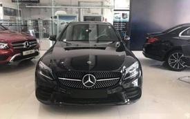 """Sau 1.000 km, Mercedes-Benz C300 AMG 2019 được rao bán với quảng cáo: """"Giá siêu yêu"""""""