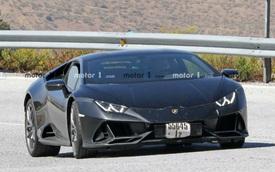 Lamborghini Huracan chạy thử với nhiều chi tiết đáng ngờ