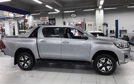 Cạnh tranh Ford Ranger, Toyota Hilux 2019 lần đầu giảm giá và thêm phiên bản mới tại Việt Nam