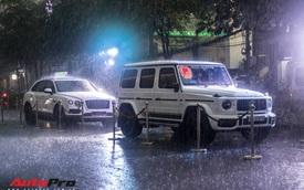 Xem dàn xe trăm tỷ nhà Minh 'Nhựa' vượt mưa lớn vào lễ cưới xa hoa của con gái đầu