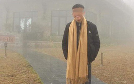 Cười tươi chụp ảnh, thanh niên không ngờ tai nạn xảy ra sau ít phút chỉ vì chiếc khăn quàng cổ