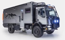 Bên trong xe tải hơn 10 tỉ đồng, thiết kế như ngôi nhà di động