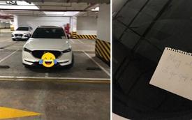 Để lại giấy nhắc tài xế đỗ xe đúng chỗ, người đàn ông nhận lời đáp trả không ngờ sau một ngày