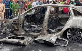 Ảnh hiện trường kinh hoàng vụ Mercedes-Benz GLC cháy dữ dội trên phố Hà Nội