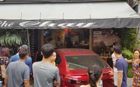 """Ô tô lao vào quán cà phê """"Chạy"""" ở Sài Gòn, nhiều khách tháo chạy tán loạn"""