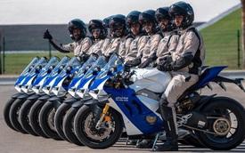 """Cảnh sát Dubai được bàn giao dàn Ducati Panigale V4 S """"chất như nước cất"""""""
