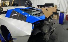 Đổi chủ, Lamborghini Aventador độ Liberty Walk bản giới hạn lên đời bộ cánh mới, tông xuyệt tông với 'người anh em' chung nhà