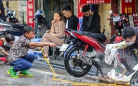 'Phố rửa xe' Hà Nội nhộn nhịp chờ đón Tết