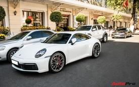 Cường 'Đô-la' và trưởng đoàn Car Passion mang xe tiền tỷ ra đường ngày đầu năm mới